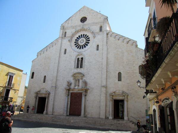 cattedrale san sabino di bari