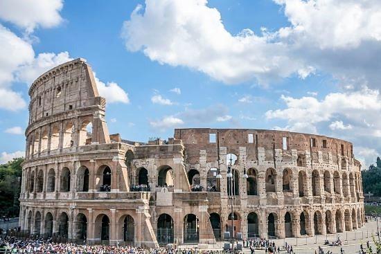 il colosseo di roma storia arte leggende