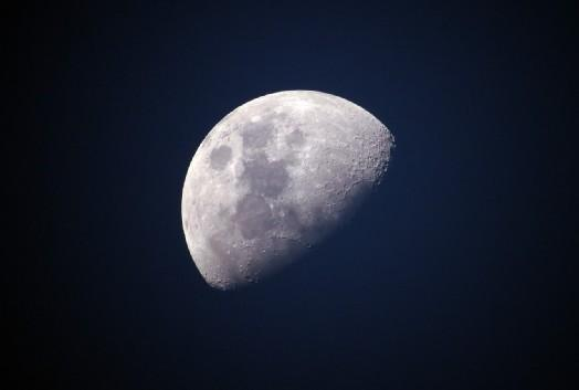 il primo sbarco sulla luna