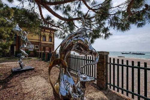 Le sculture in acciaio di Masoud Akhavanjam a Venezia